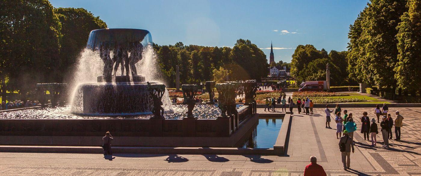 挪威维格兰雕塑公园,很著名的景点_图1-16