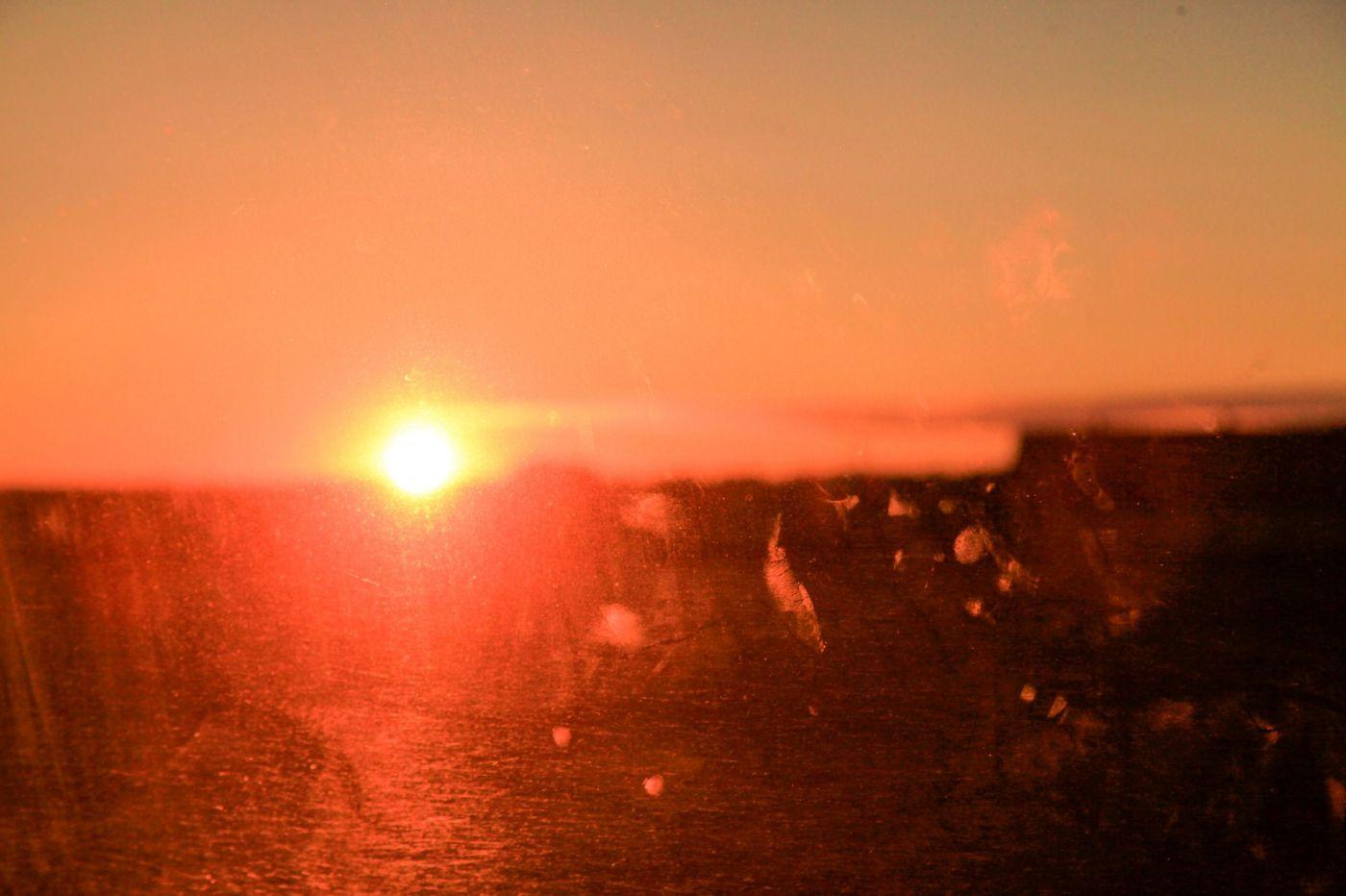 在赴加拿大蒙特利尔观看枫叶的观光火车上拍摄夕阳,别有情趣! ..._图1-12