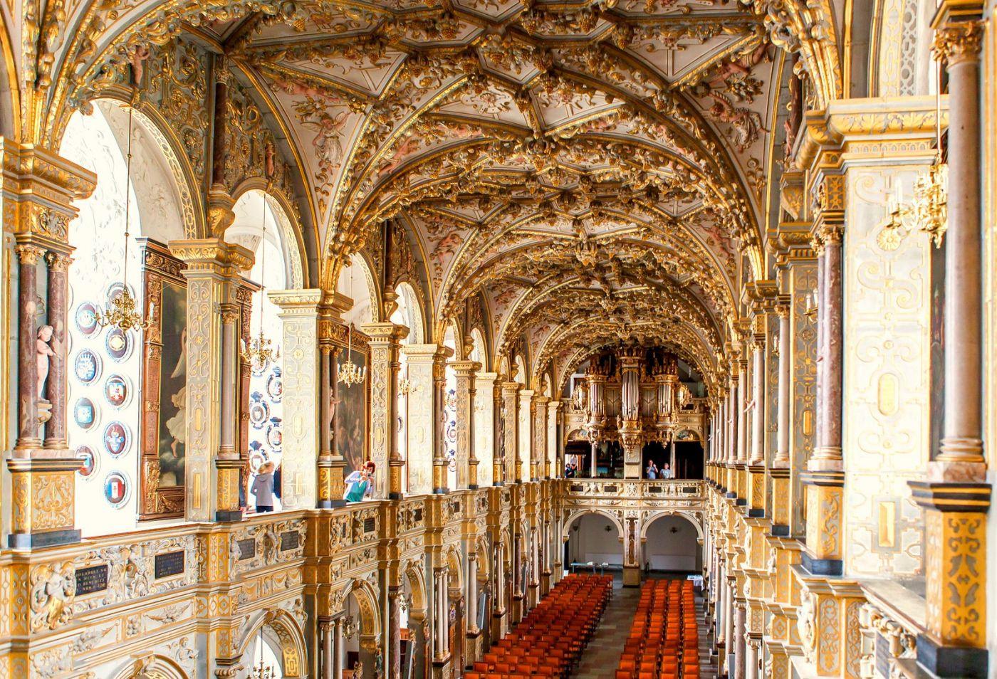 丹麦腓特烈堡城堡,很惊叹主厅吊顶_图1-8