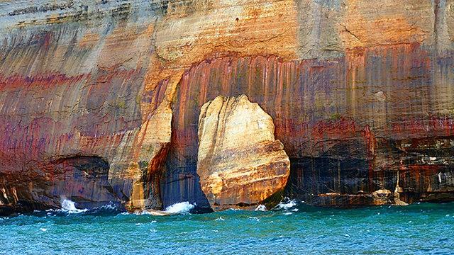 图画岩在密西根_图1-12