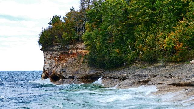 图画岩在密西根_图1-22