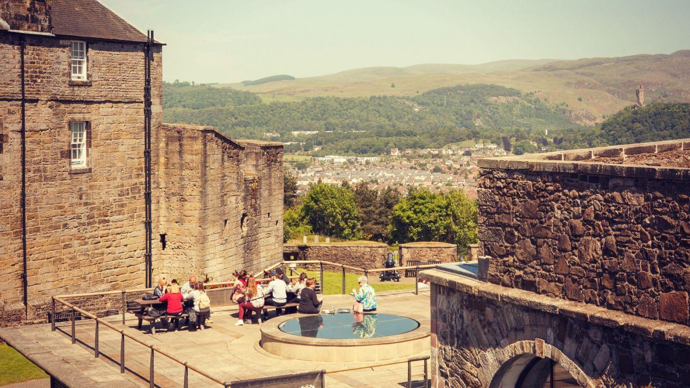 苏格兰斯特灵城堡,炮台林立防守坚固_图1-11