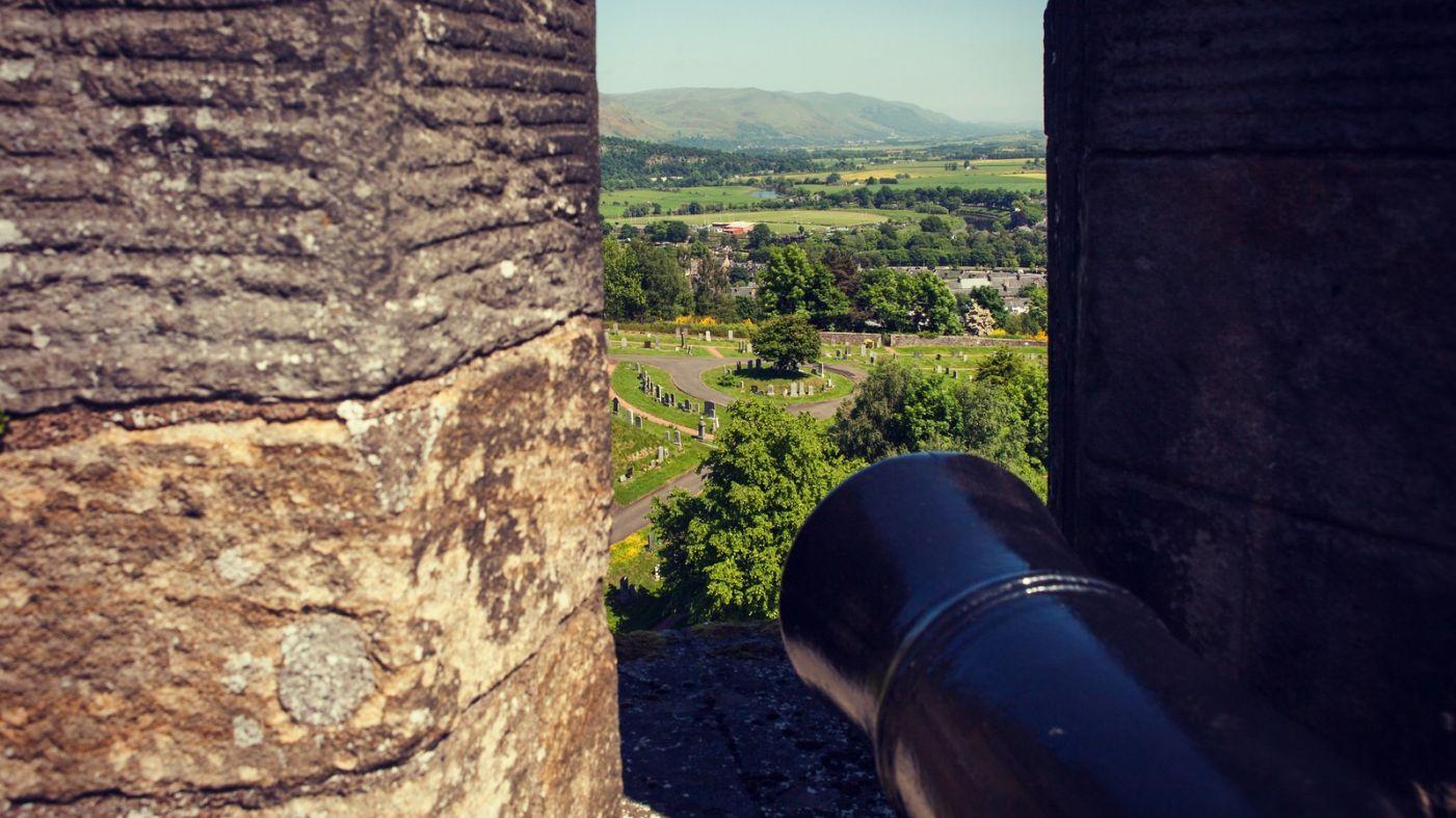 苏格兰斯特灵城堡,炮台林立防守坚固_图1-9