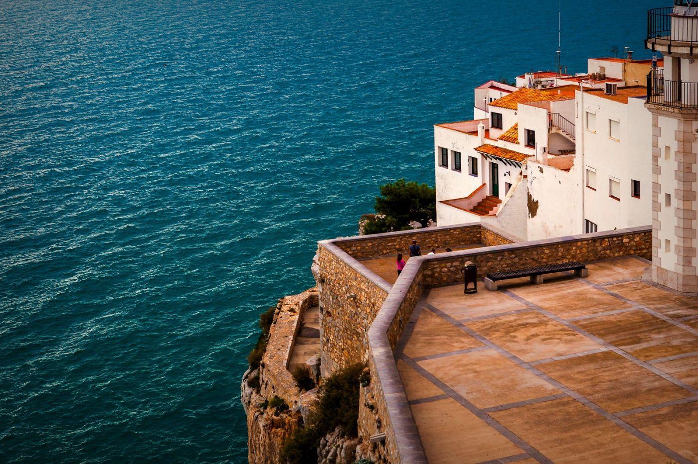 西班牙佩尼伊斯科拉(Peniscola),海边的景色令人神往_图1-3