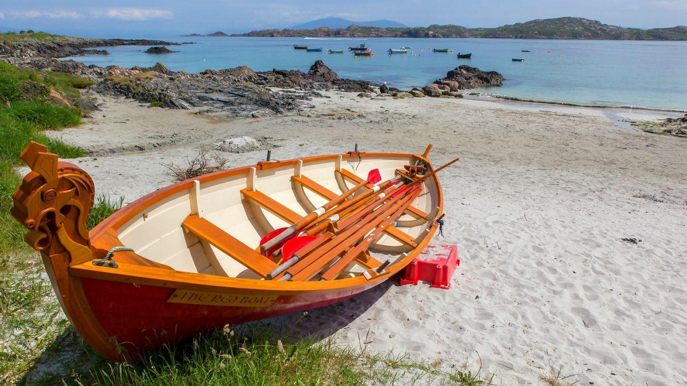 苏格兰见闻,海边的小红船_图1-10