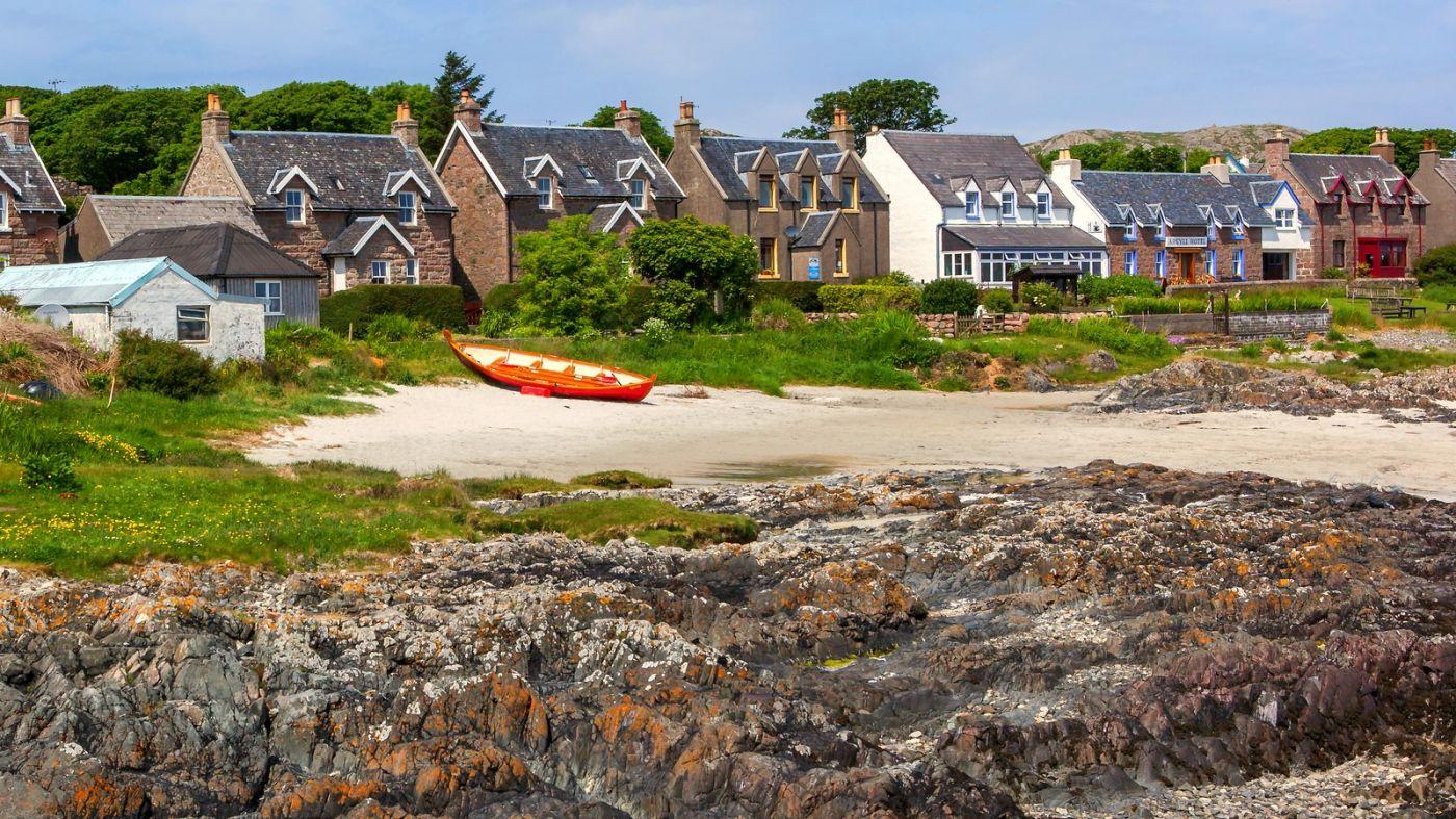 苏格兰见闻,海边的小红船_图1-4