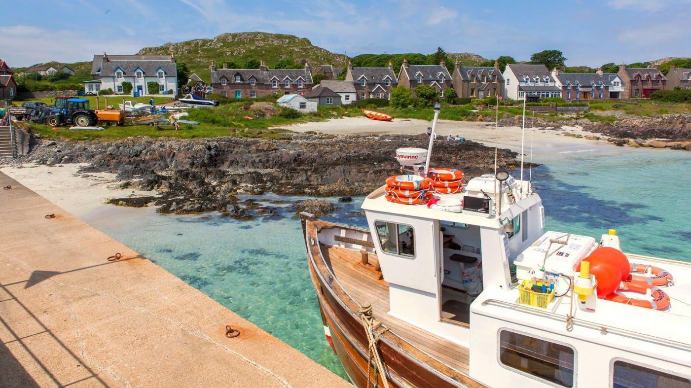 苏格兰见闻,海边的小红船_图1-20