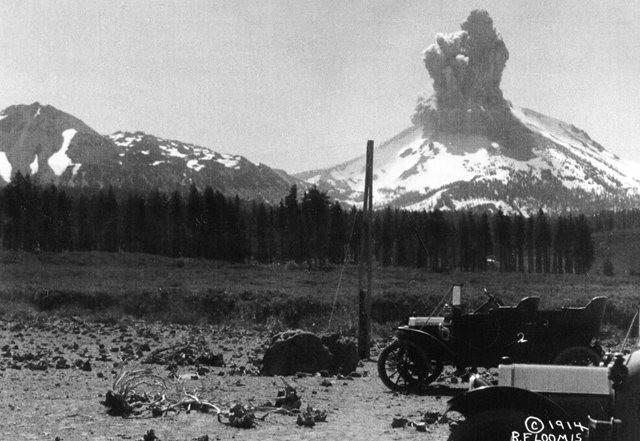 拉森火山的Bumpass Hell_图1-3