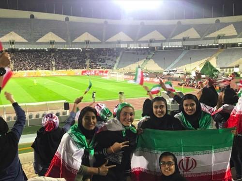 伊朗女人不易的看足球权利_图1-2