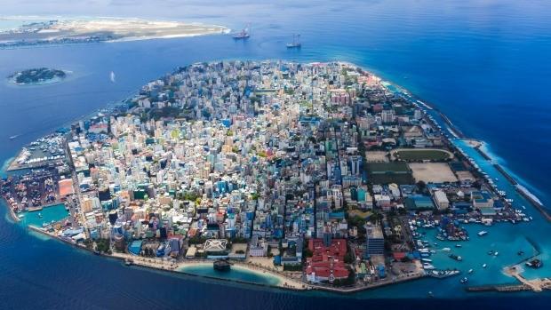 """马尔代夫国库被中国""""洗劫一空""""了吗?_图1-2"""