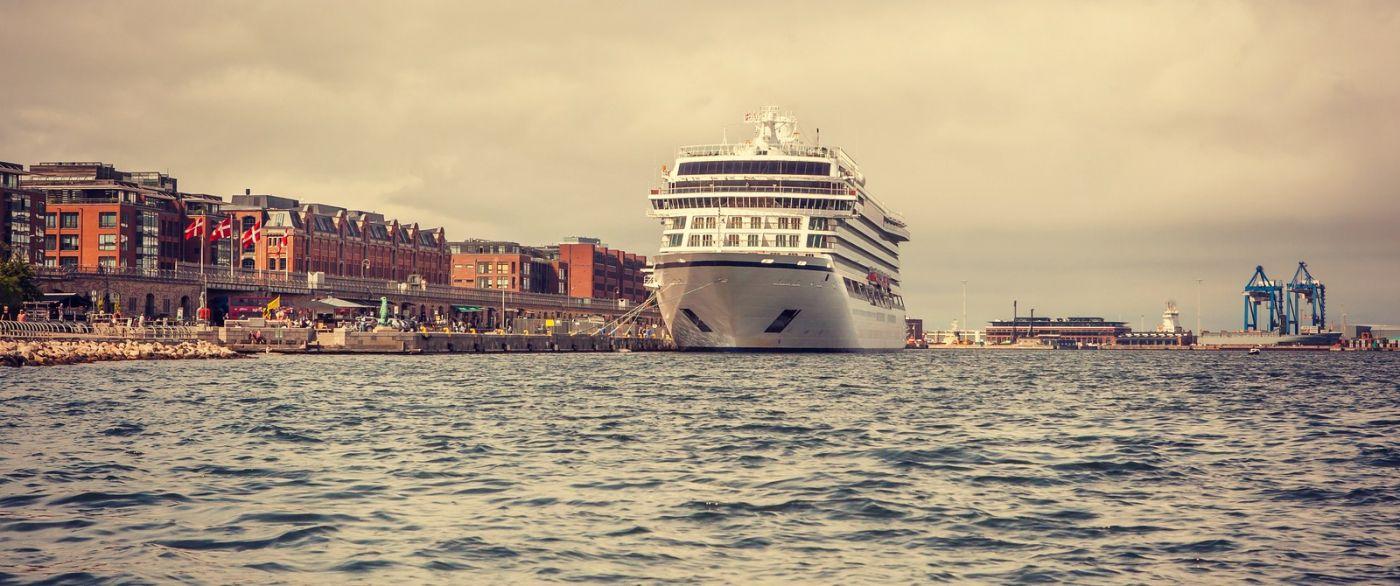 丹麦哥本哈根,坐游船看城容_图1-1