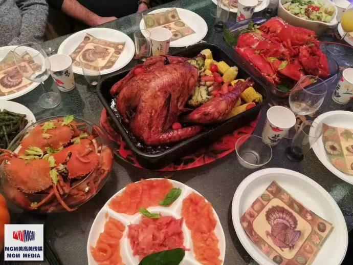 高娓娓:华人在美国中西合璧过感恩节_图1-8