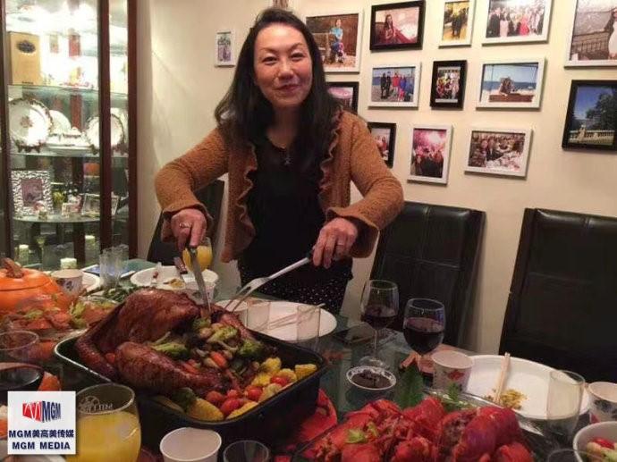 高娓娓:华人在美国中西合璧过感恩节_图1-9