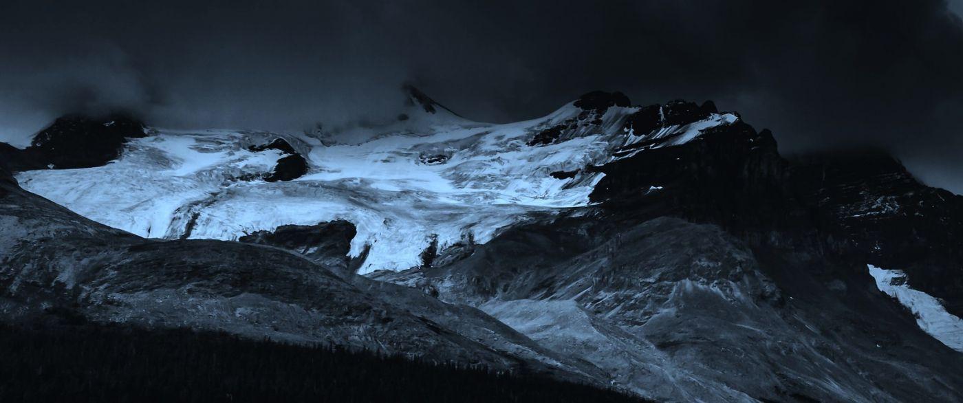 加拿大哥伦比亚冰川,大自然的威力_图1-2
