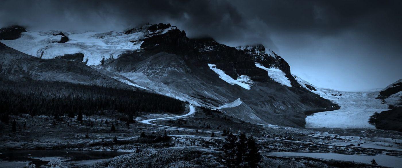 加拿大哥伦比亚冰川,大自然的威力_图1-1
