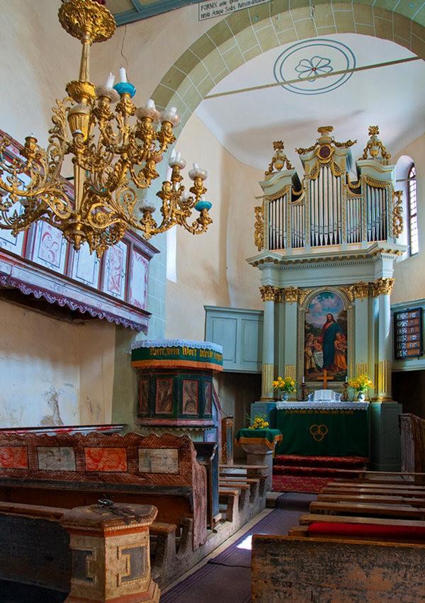 特兰西瓦尼亚的教堂村庄_图1-3