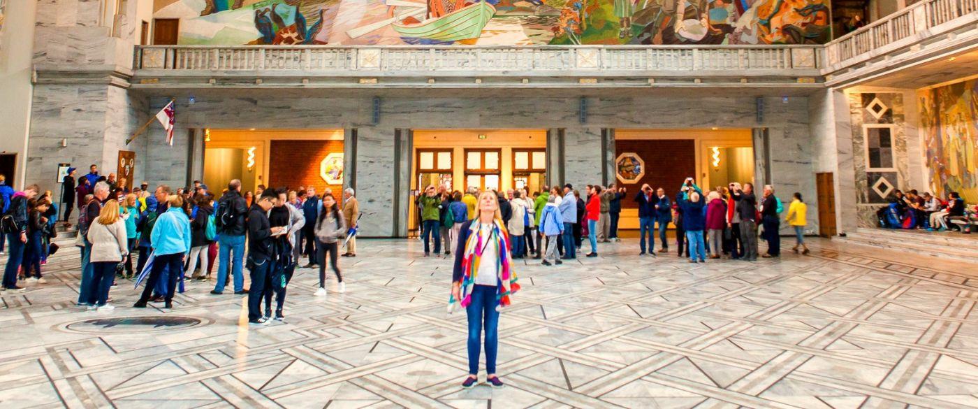 挪威奥塞罗市政厅,四周的人文壁画_图1-15