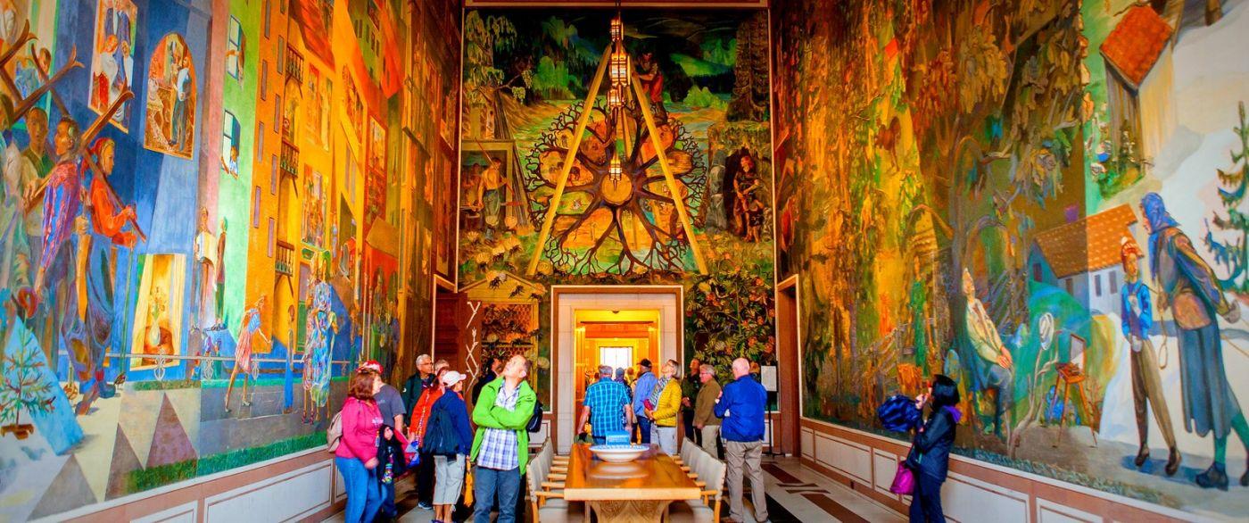 挪威奥塞罗市政厅,四周的人文壁画_图1-13