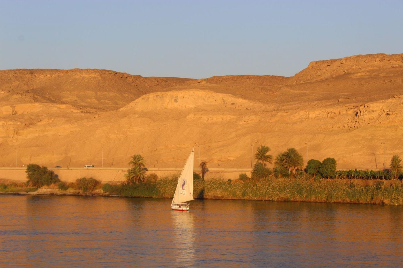 埃及尼罗河风光_图1-18