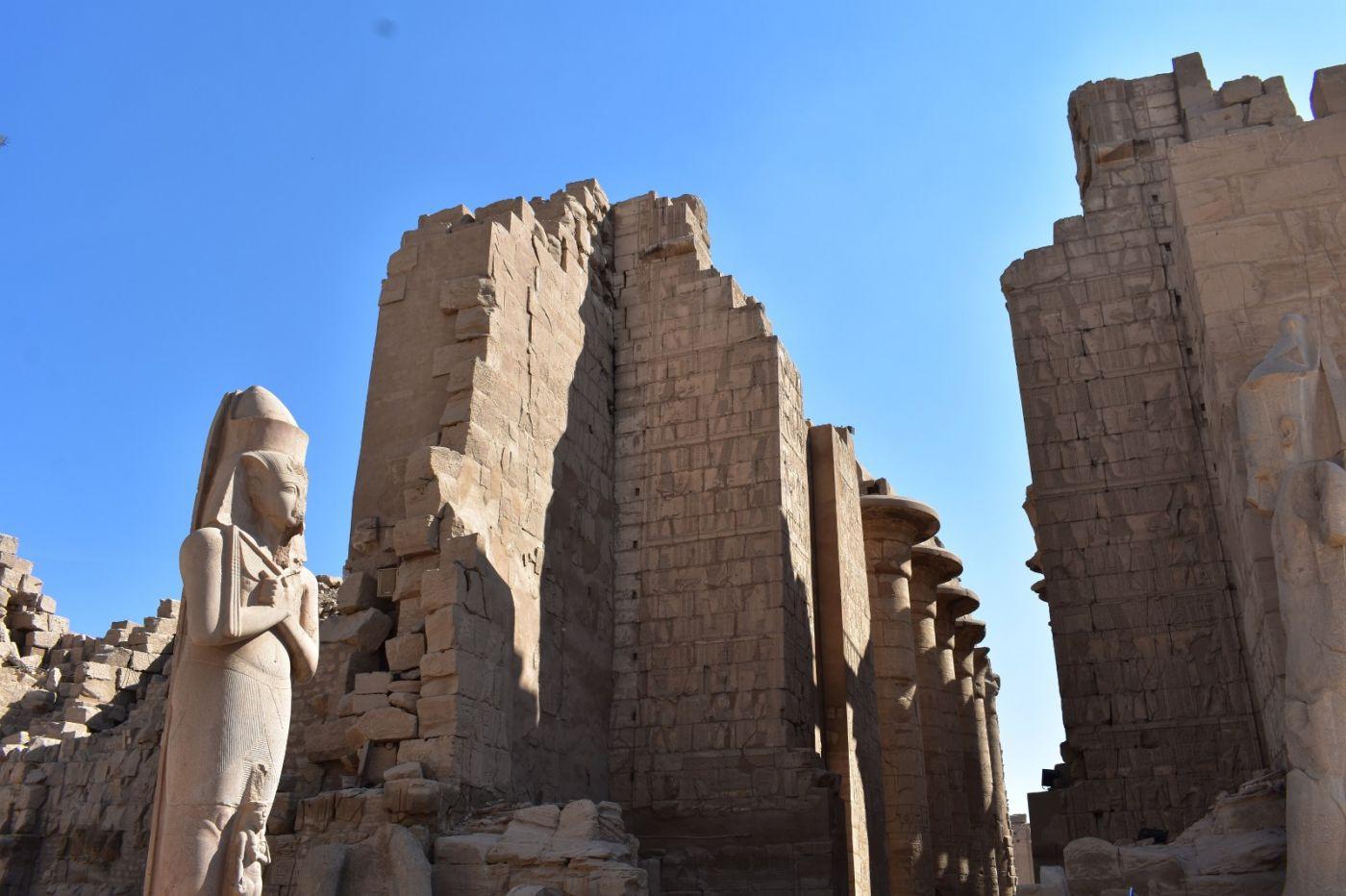 埃及卡纳克神庙群_图1-10