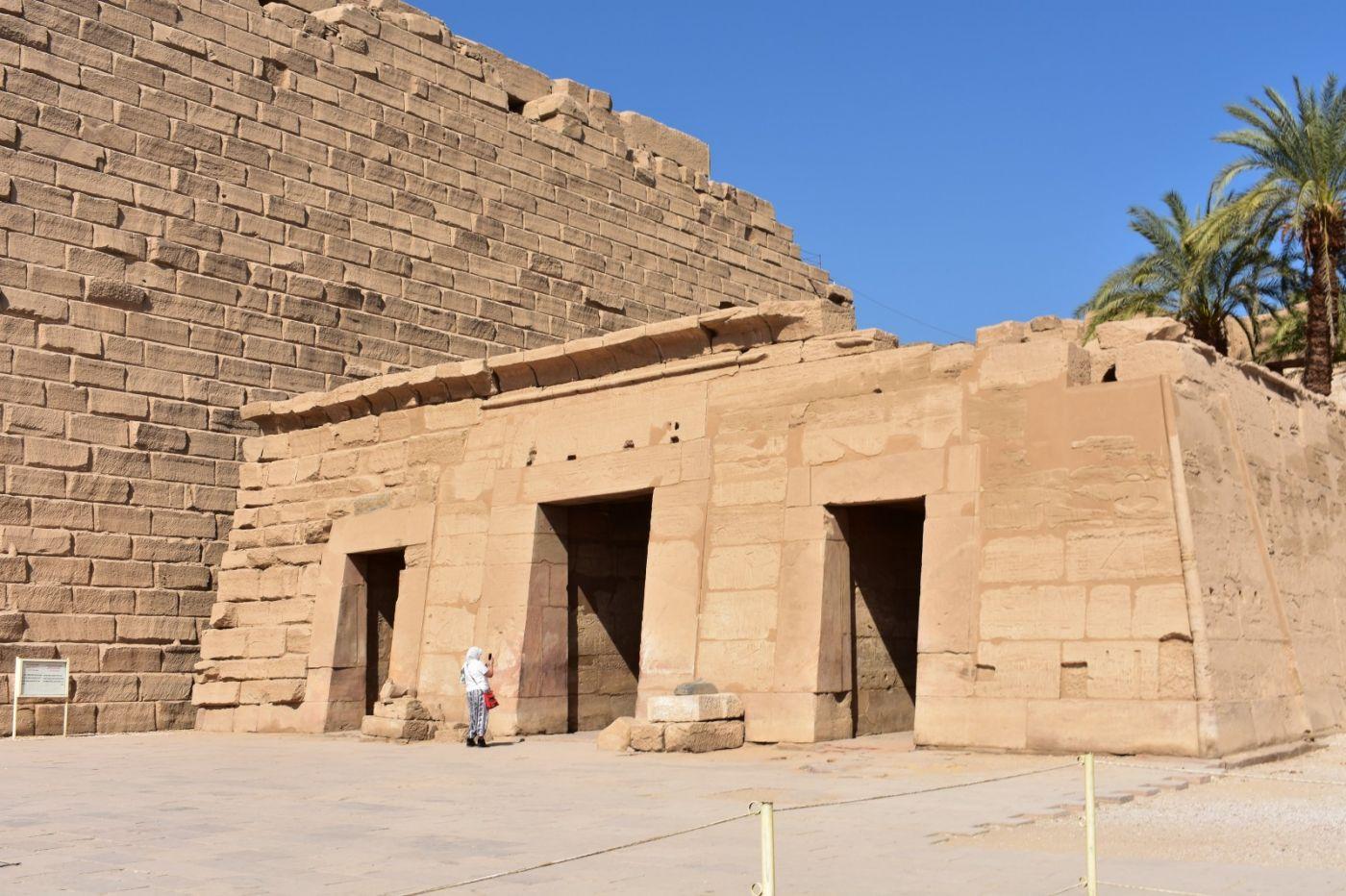埃及卡纳克神庙群_图1-35