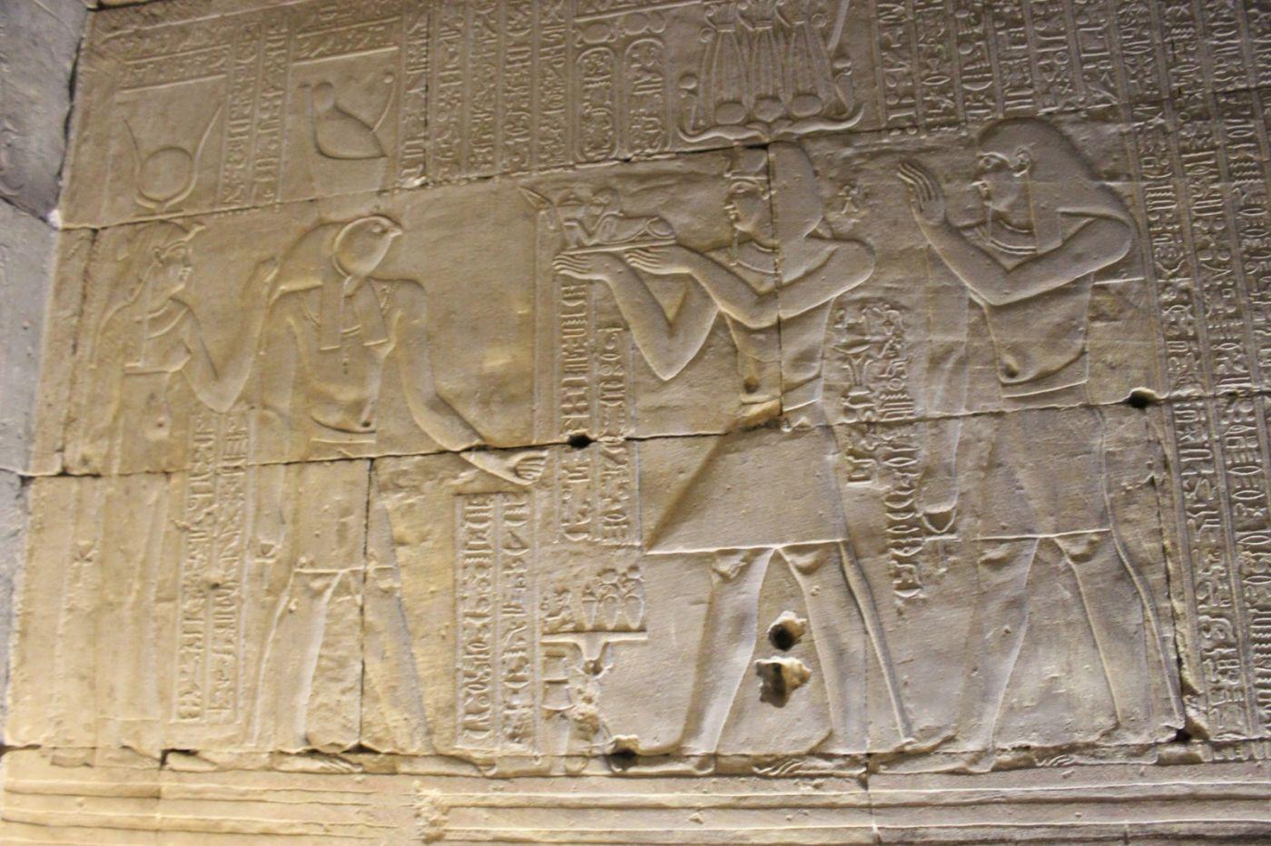 埃德富神庙和卢克索神庙_图1-12