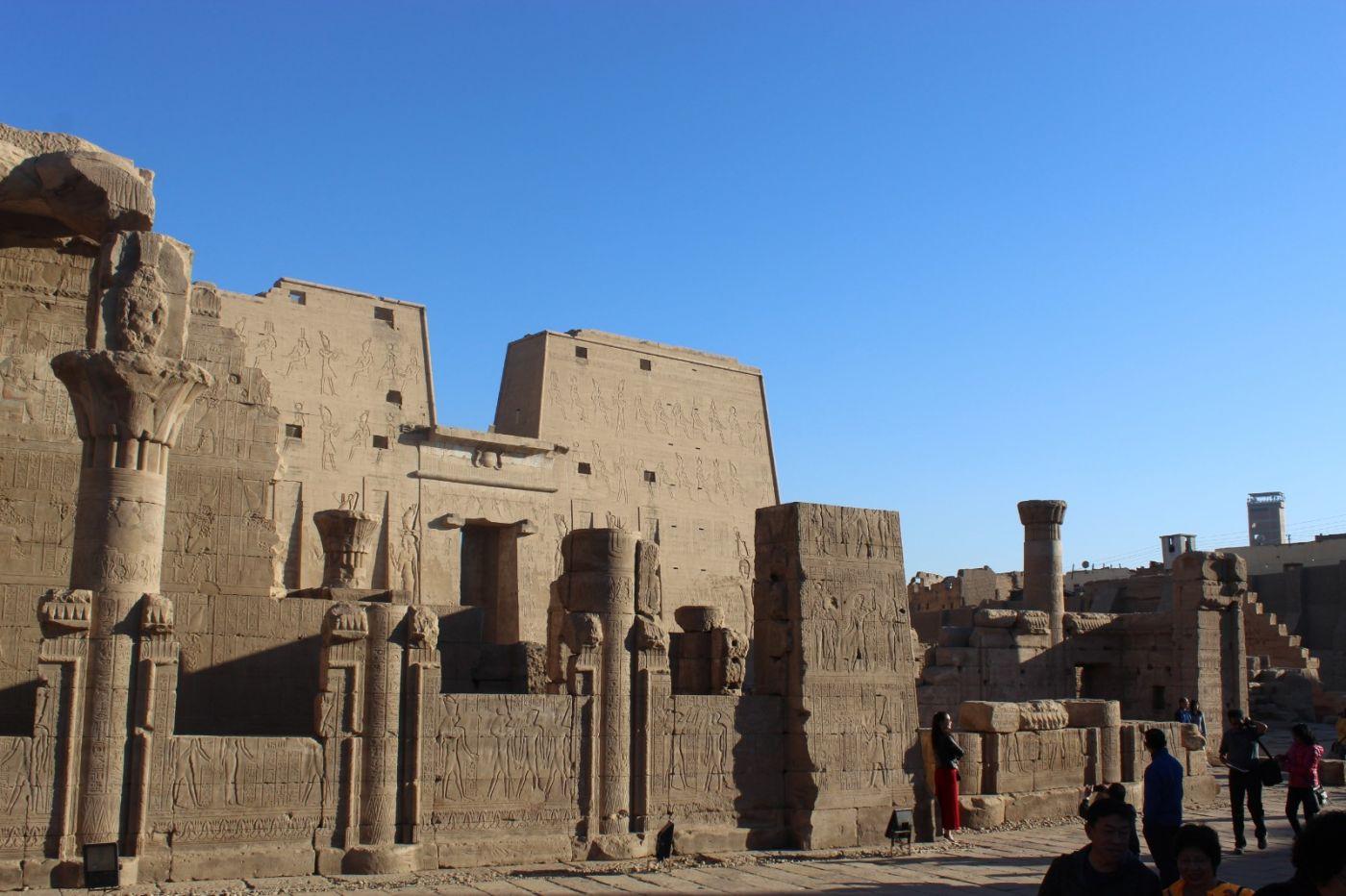 埃德富神庙和卢克索神庙_图1-17