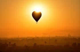 卢克索坐热气球观日出