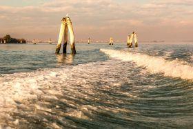 意大利威尼斯,出机场体验水上出租车