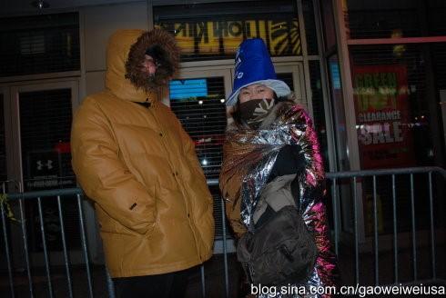 高娓娓:跨个年还得穿成人尿布,纽约时代广场新年派对囧事多! ..._图1-8