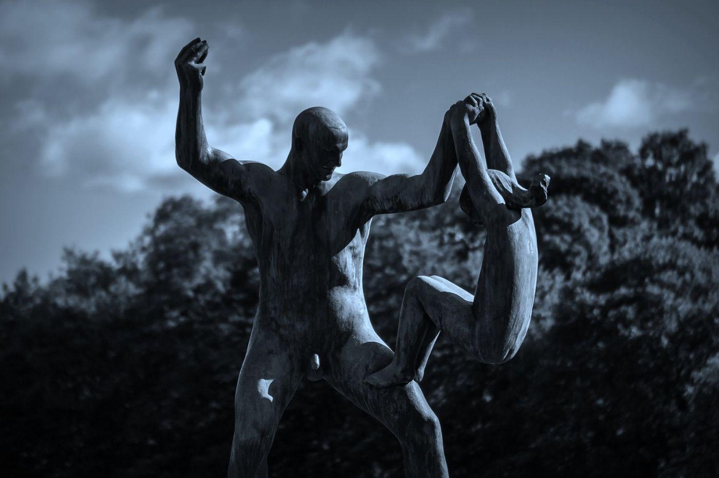 挪威维格兰雕塑公园,艺术的确来自生活_图1-7