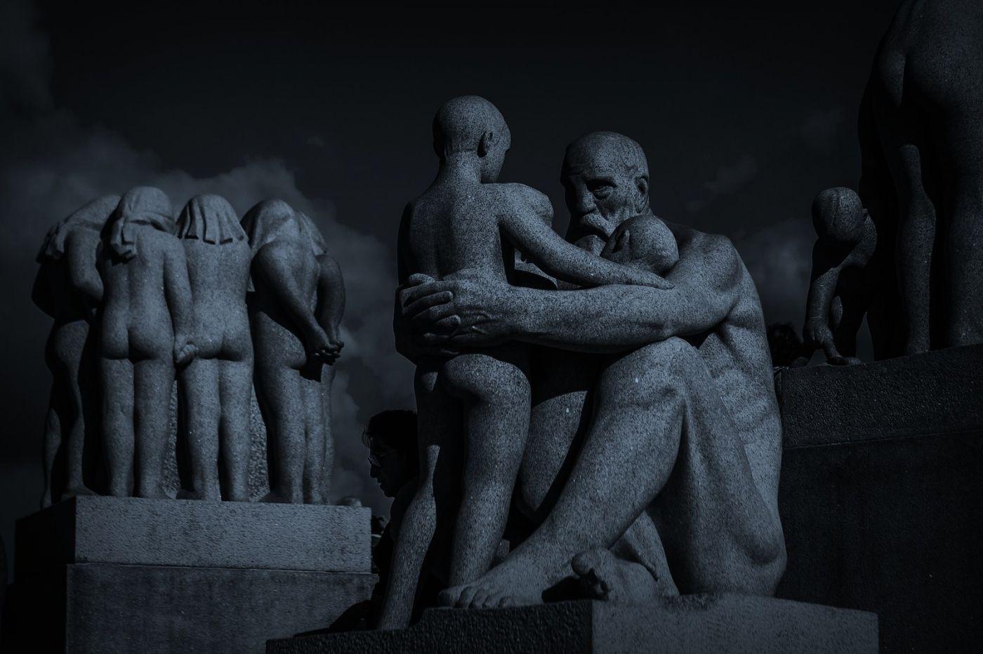 挪威维格兰雕塑公园,艺术的确来自生活_图1-1