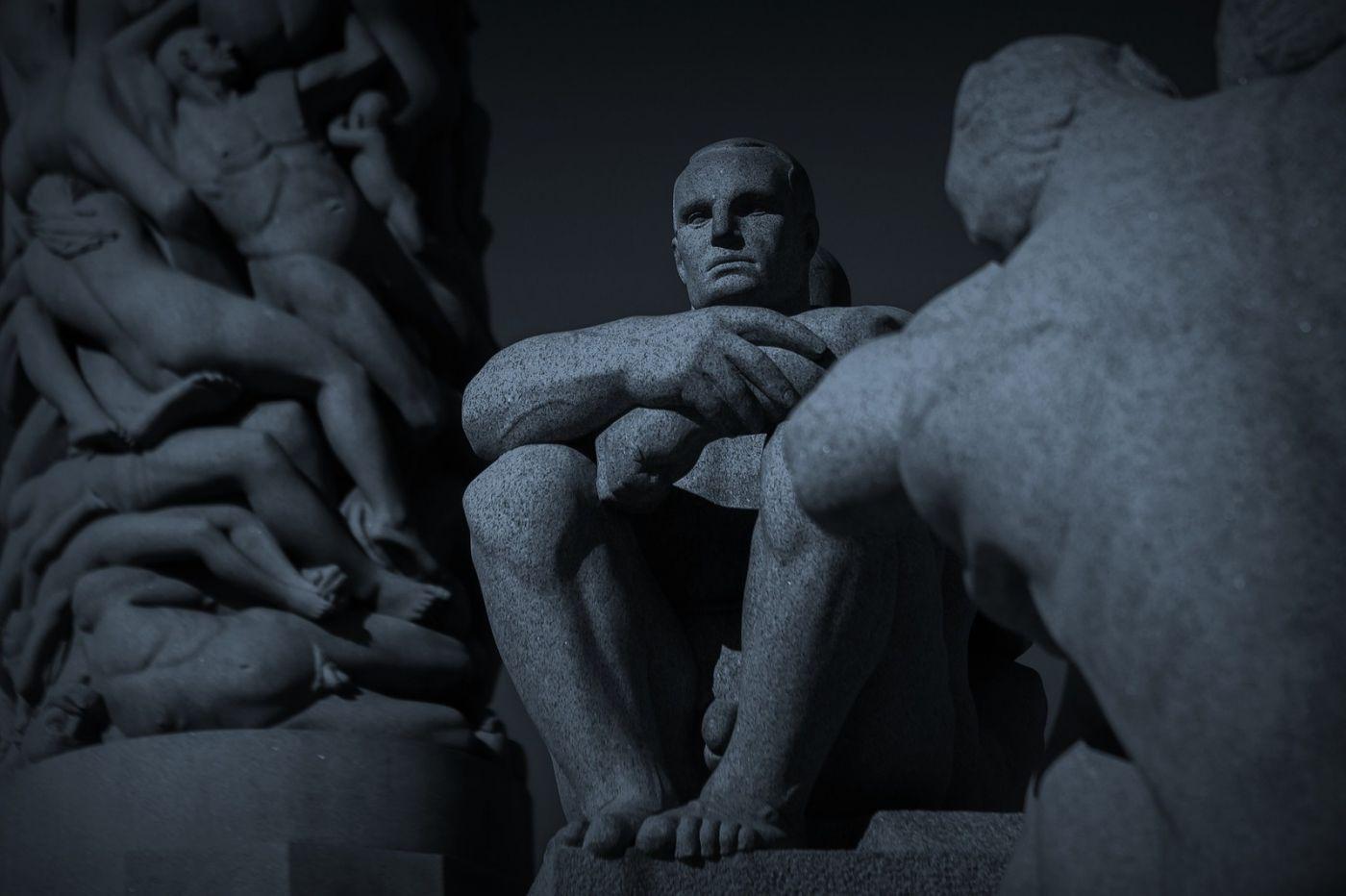 挪威维格兰雕塑公园,艺术的确来自生活_图1-2