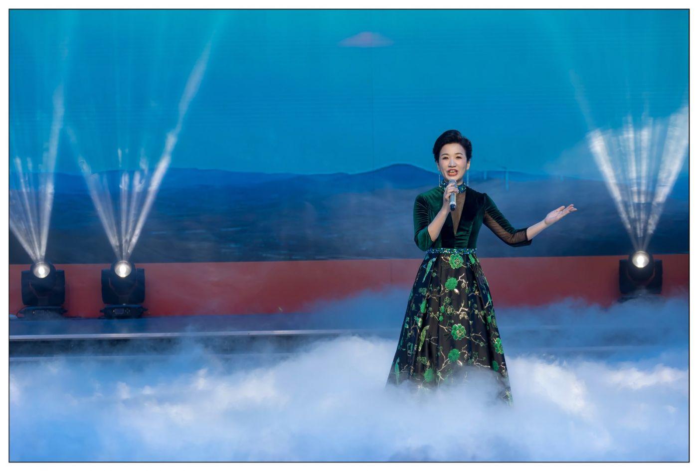 又见星光大道冠军歌手张海军 1月26央视播出 将自己唱哭的歌手 ..._图1-2