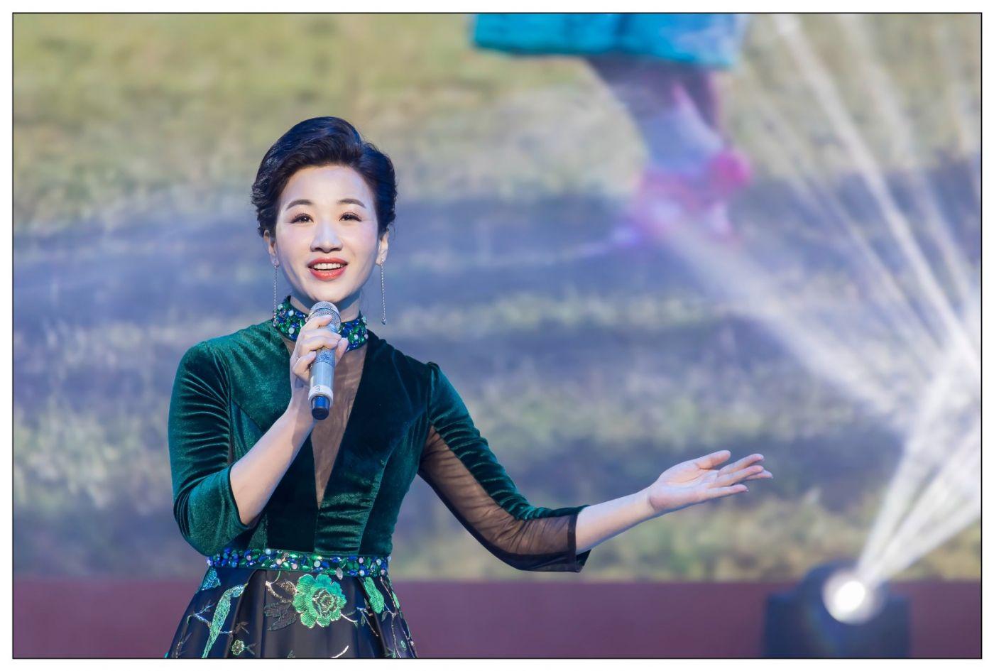 又见星光大道冠军歌手张海军 1月26央视播出 将自己唱哭的歌手 ..._图1-9