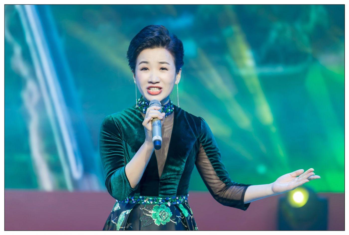 又见星光大道冠军歌手张海军 1月26央视播出 将自己唱哭的歌手 ..._图1-22