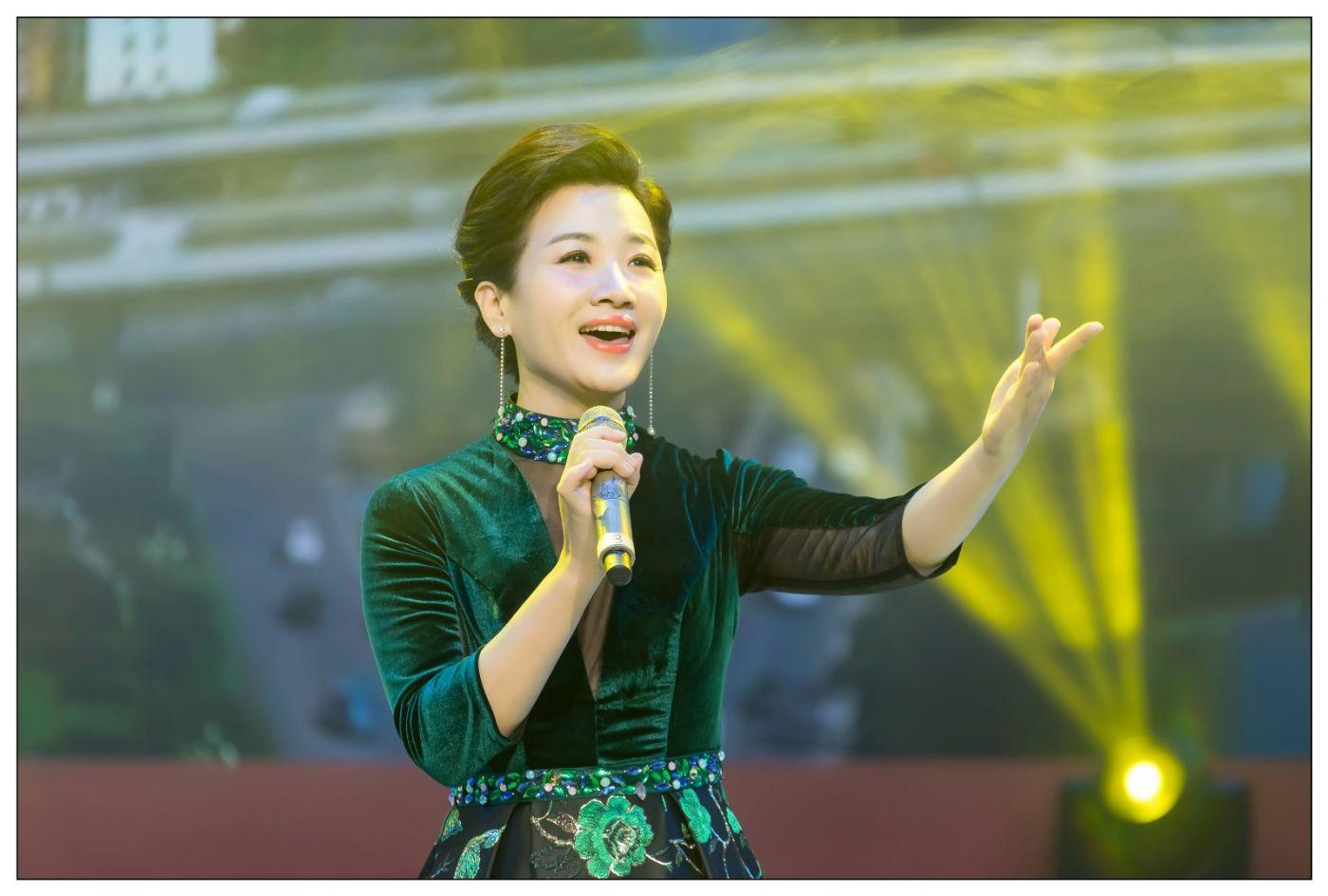 又见星光大道冠军歌手张海军 1月26央视播出 将自己唱哭的歌手 ..._图1-25