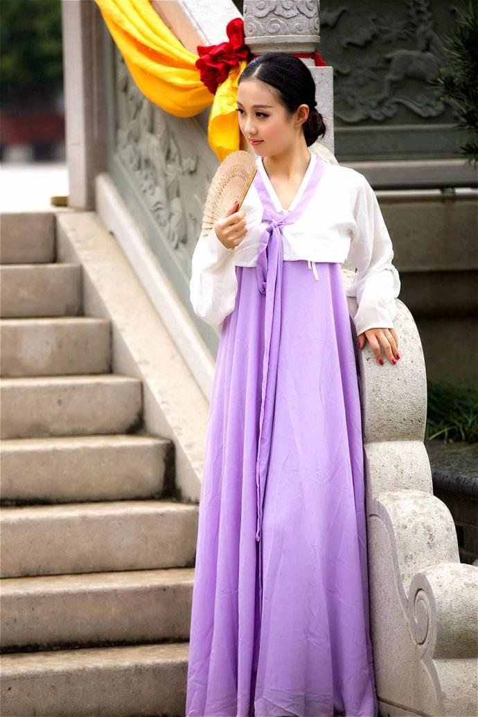 娶鲜族姑娘做老婆的惊人过程 朝鲜美女亲一口就算定下终身大事了 ..._图1-5