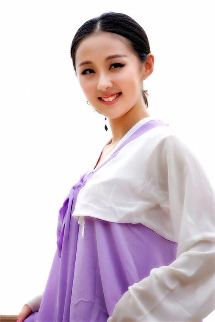 娶鲜族姑娘做老婆的惊人过程 朝鲜美女亲一口就算定下终身大事了 ..._图1-7