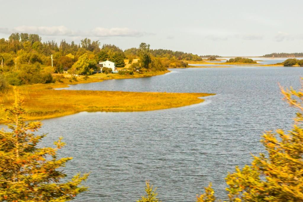加拿大旅途,朦胧的窗外景色_图1-4