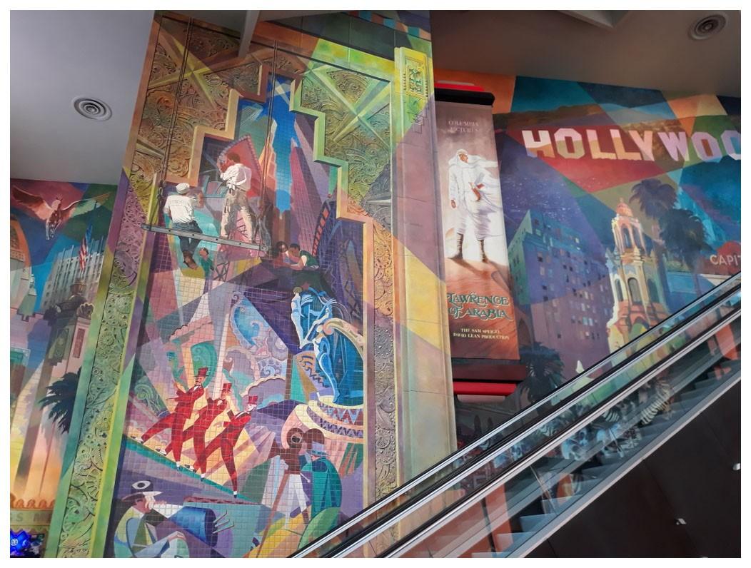 紐約邁哈頓的一家電影院_图1-5
