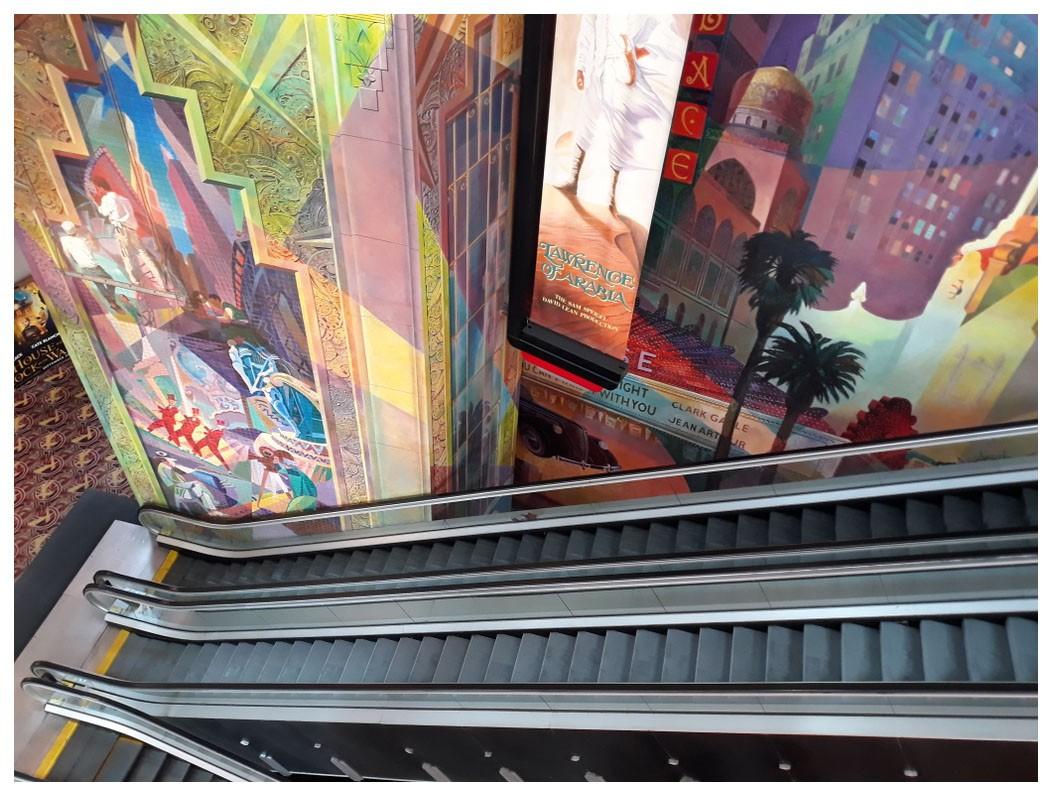 紐約邁哈頓的一家電影院_图1-8