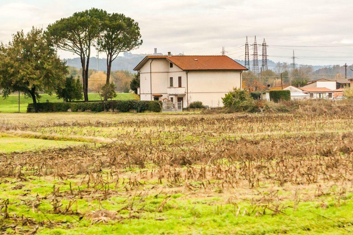 意大利路途,秋后的农村_图1-4