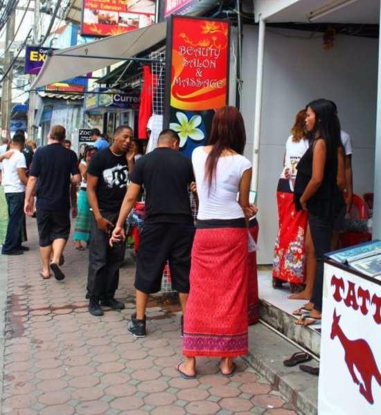 泰国租妻是什么情况内容 租一个美女价格是多少?便宜吗?_图1-3