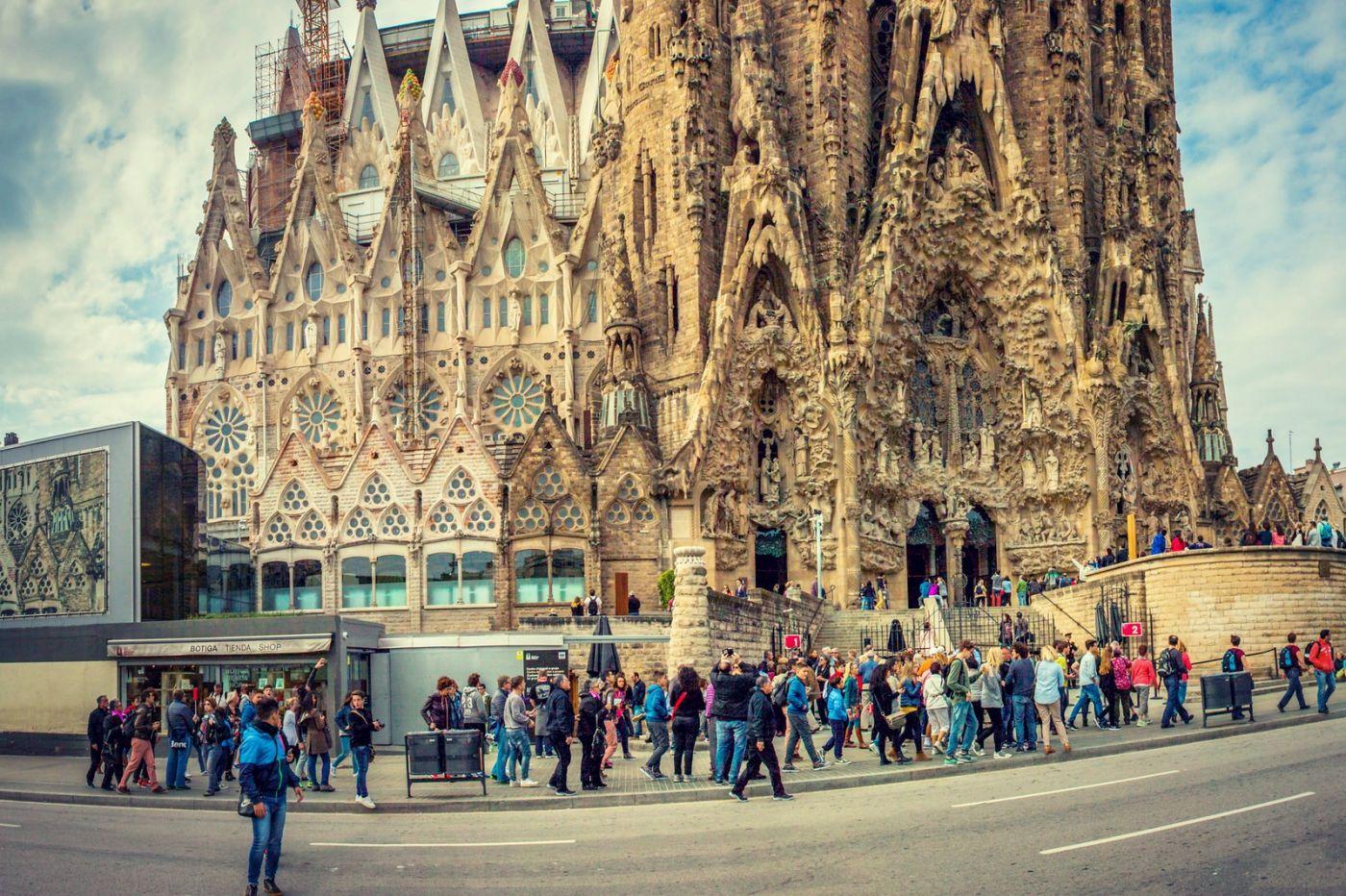 西班牙圣家堂(Sagrada Família),百年还未完工的世界遗产_图1-9