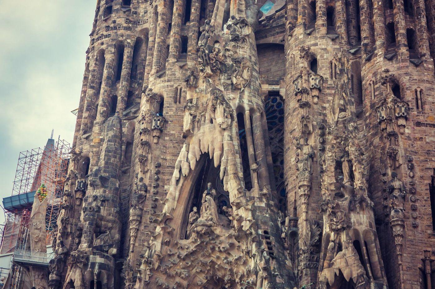 西班牙圣家堂(Sagrada Família),百年还未完工的世界遗产_图1-10
