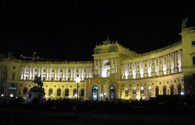 回顧維也納的聖誕夜_圖1-9