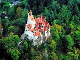 从布兰城堡至布拉索夫