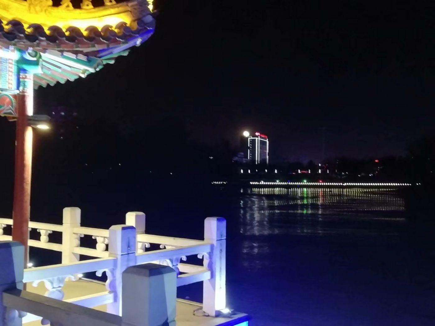 鹤城元宵之夜(图)_图1-3