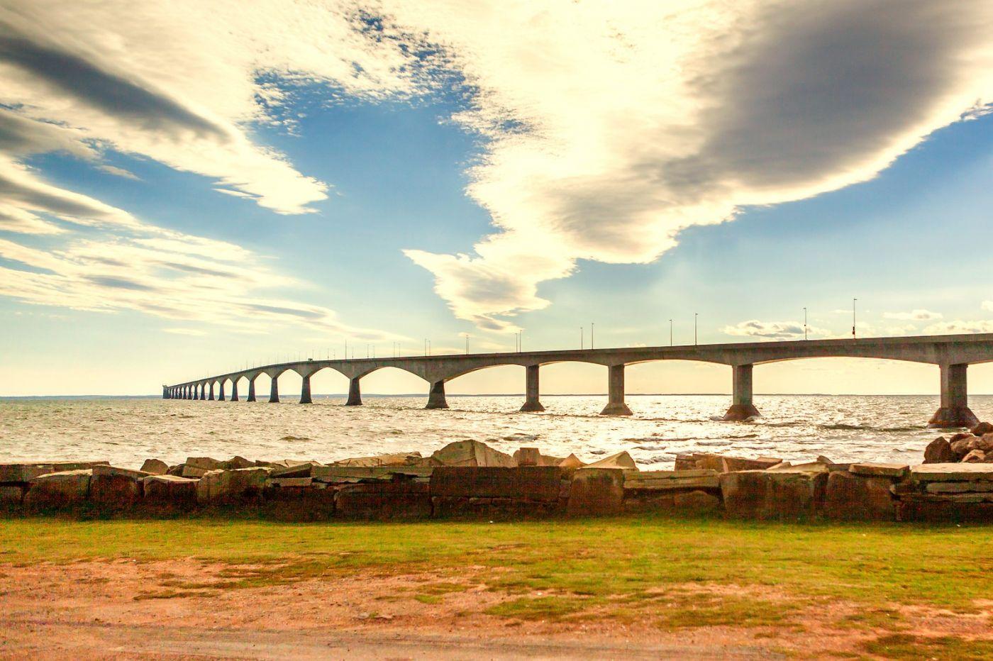 加拿大风景,长桥和灯塔_图1-15